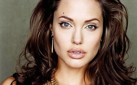 Angelina-jolie-masectomy